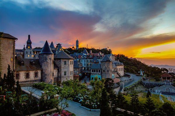 Bà Nà Hills – Làng Pháp thu nhỏ giữa lòng Đà Nẵng